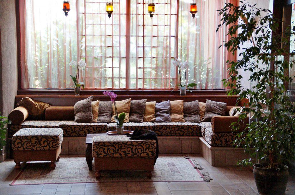 Cómo Elegir Cortinas para Lobby de Hotel