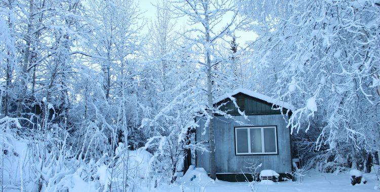 cortinas para proteger la casa del frío